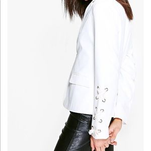 COPY - White Tailored Blazer